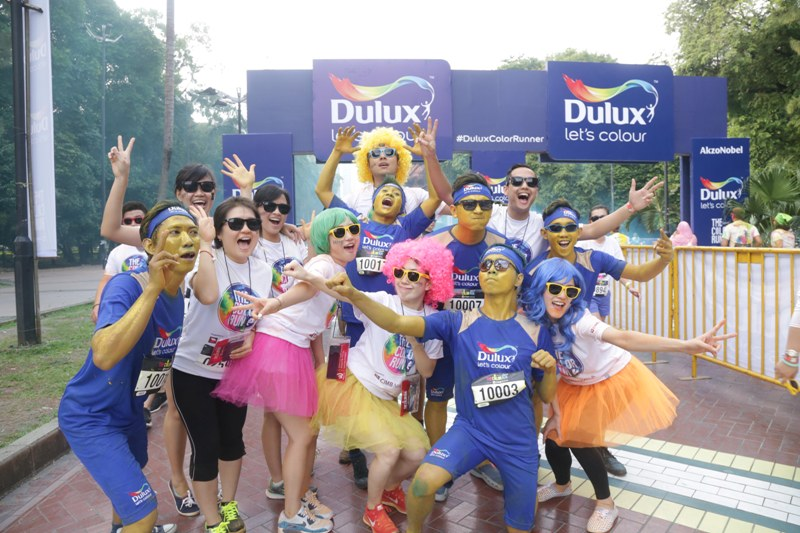 DULUX Berikan Pengalaman Berwarna dalam The Color Run 2016